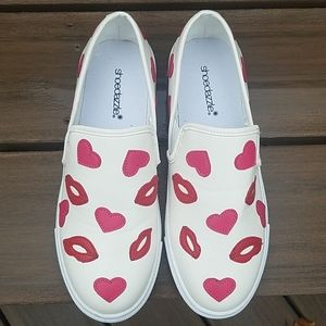 Hearts & Lips slip on shoes
